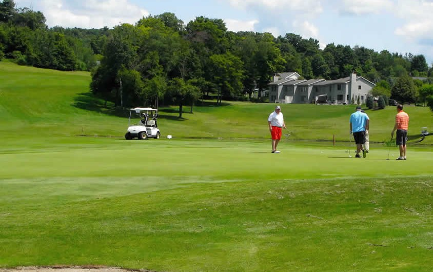 GalleryWalden-Oaks-Public-Golf-Course-Central-NY-40-844x530.jpg